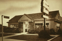 Downey, California  Fontana at Downey Ave. (The Downey Conservancy) Tags: california food house harmony dining downey