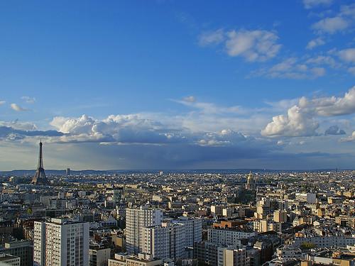 Blue blue sky over Paris