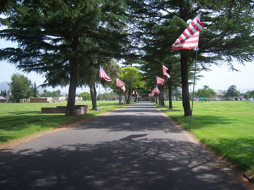 Merorial Day Preperations at Valhalla Memorial Park