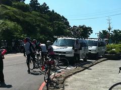 路上遇到的單車團