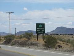 CA-62 East Approaching Parker Dam Jct. (sagebrushgis) Tags: california sign earp biggreensign ca62 californiastatehighway