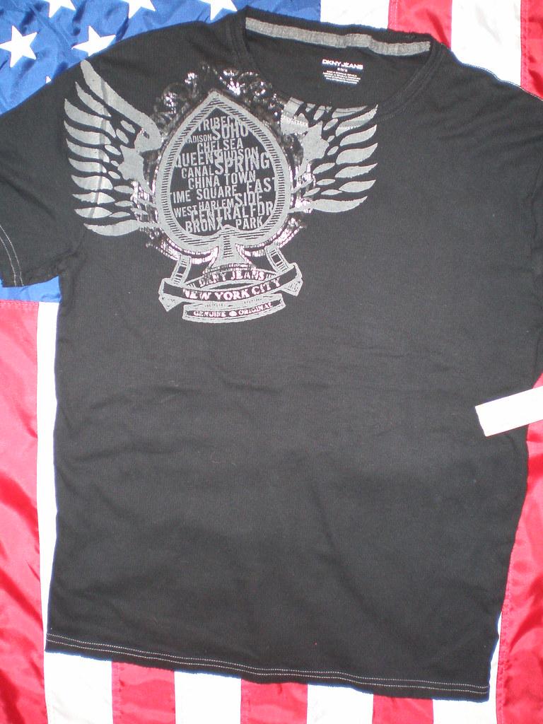 DKNY T Shirt - 70 Ron - Medium