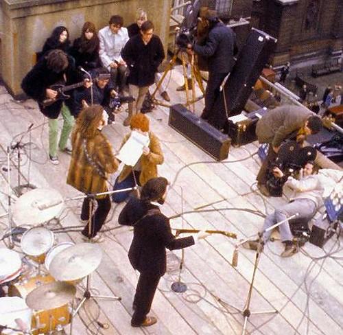 A Beatles és a stáb