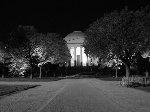 National Gallery at night (B&W)