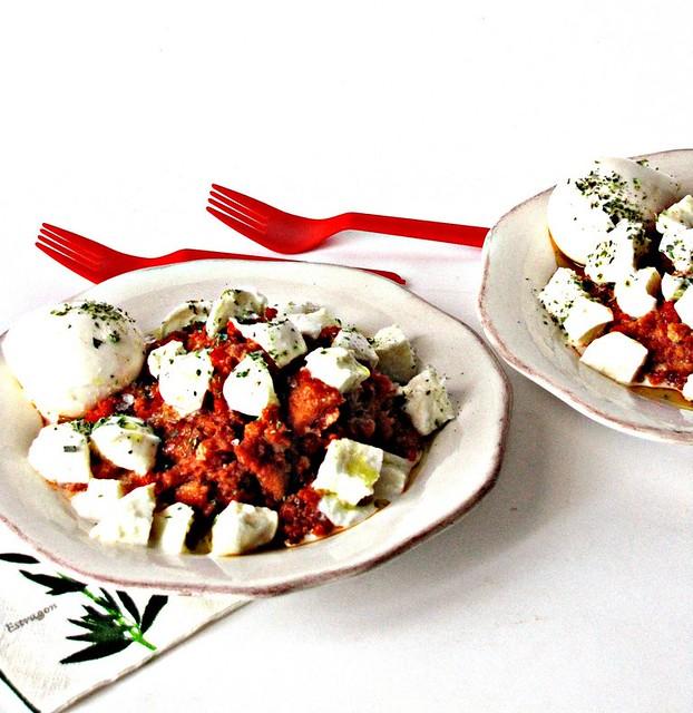 Pain Bagna di Ciliegini con Mozzarella di Bufala