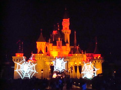 DSC00634 (:: shodan ::) Tags: halloween hongkong disneyland sleepingbeautycastle