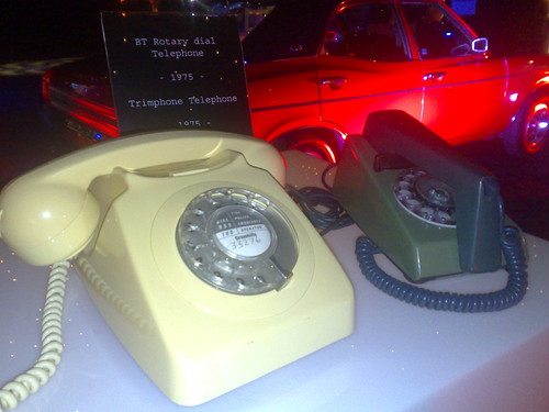 Rotary dial and trim phone
