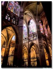 Leon_catedral_sta_Maria_interior_03 (vmribeiro.net) Tags: españa church glass spain espanha cathedral gothic catedral stained leon león leão vitrais gótico i500 297ininterestingnesson20071212