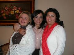 Paty, Yo y Sandra (Adri_Lara) Tags: amigos navidad cena intercambio