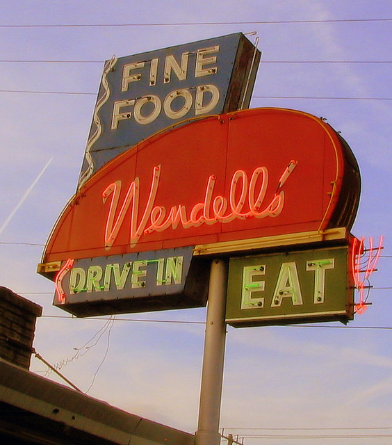 Wendell Smith's Restaurant sign
