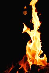 Get warm (Lefty Jordan) Tags: light hk orange yellow night fire hongkong gold warm bbq d200 50mmf14