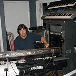 "Pat's studio setup <a style=""margin-left:10px; font-size:0.8em;"" href=""http://www.flickr.com/photos/23722741@N04/2261158372/"" target=""_blank"">@flickr</a>"