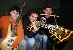 Rumborak (rumborak.at) Tags: band joe musik bludenz oesterreich vorarlberg jogi bandfoto mundart symbolfoto rumborak vonlinksmanni mundartrocker