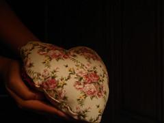 وصـ[[ــيــــ]] ـــة قــــ[[ـــلبـــــ]]ــــي (تناهيد ليل) Tags: قلبي ظلام الليل احلام جراح الفرقى تناهيد دمعي وصية أسرار