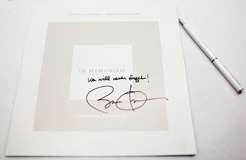 Чем пишет президент Обама?