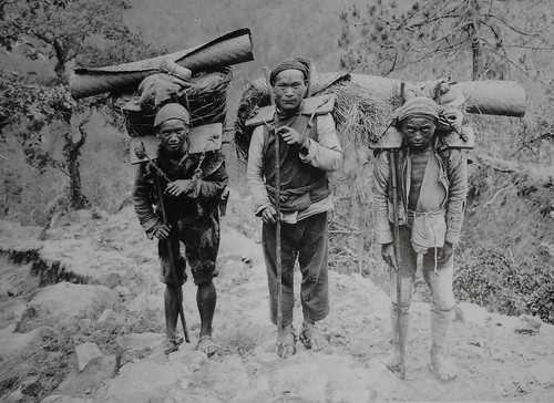 Old Chinese porters