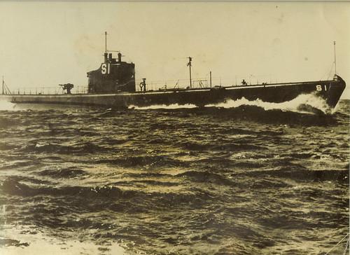 USS S-1 (SS-105)