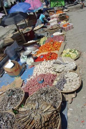 Waikabubak market