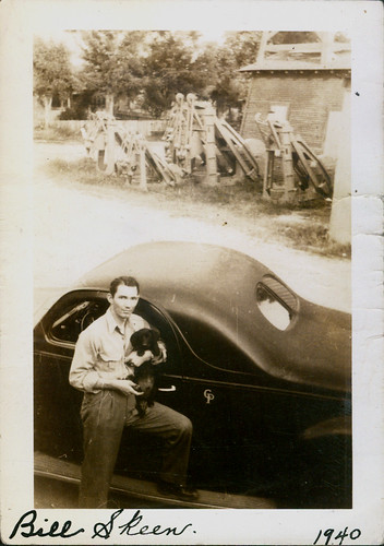 Bill Skeen 1940 car and his dog