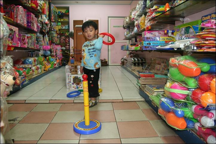 姑婆玩具店06