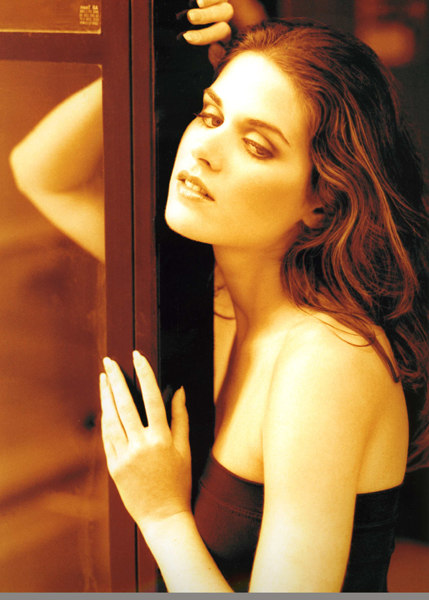 Lisa Bettany modeling Richard Dubois