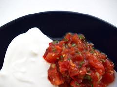 Creme fraiche og salsa