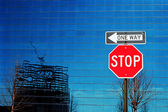 stop! (Dieter Drescher) Tags: blue red reflection stop oneway singintheblues einbahnstrase colourartaward dieterdrescher unusualviewsperspectives