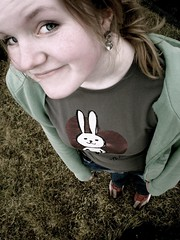Freckles (TG - Eln Elsabet) Tags: cute bunny smile shirt hair shoes angle earring freckles exactly heia ilikethebunnyrabbitnomnomnomnom seanyouaddthebesttagsxd wankertagsyoumeanxd