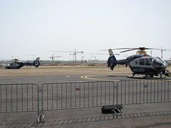 Polizeihubschrauber vor der BBI-Baustelle
