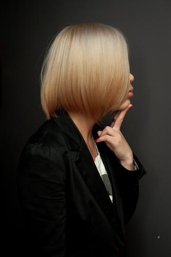 【女生髮型】我又換顏色了 挑戰高明度亞麻