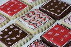 Marbled Cookies (sweetopia*) Tags: feathering marbledcookies swirledroyalicing