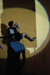 DSC_4540 (Wiro Oudejans (Wiro.Karen)) Tags: dutch nederland competition climbing finals casper finale timo 2007 nk centraal klimhal klimmen heren