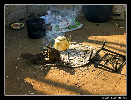 Cooking in Mankgodi