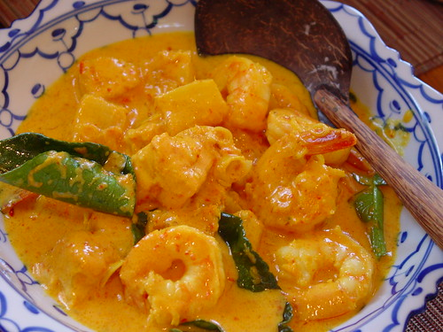 Thai Red Curry With Shrimp And Tofu