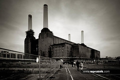 Battersea power station (wprasek) Tags: uk chimney england blackandwhite bw plant building london tower industry monochrome station architecture blackwhite industrial factory power decay smoke grunge structures monochromatic dirty stack architectural retro pollution ugly environment rough poison soot filth filthy battersea globalwarming poisonous batterseapowerstation ecosystem stench edifice edifices pollute industrialbuilding greaterlondon folioglobalicons warrenprasek xoodu wprasek wwwxooducom wwwwprasekcom
