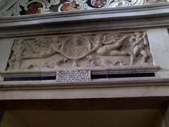 Santuario dei Martiri Cappella di San Saturnino - Sarcofago Romano (Winter Guest) Tags: romano cagliari martiri cattedrale santuario sarcofago geni bassorilievo reliquie medaglione musici