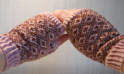 Endpaper Mitts vol. 2