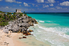 Tulum: Templo del Dios Viento 03 (TravelnFotog) Tags: old travel beach architecture buildings mexico ancient nikon maya ruin tulum tropical destination civilization roo quintan