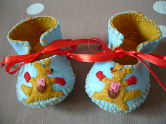 light blue and antique gold handmade baby booties with cute kangaroo motifs (Funky Shapes) Tags: baby animals shower handmade unique oneofakind felt zapatos gift kangaroo kawaii bebe ribbon etsy slippers booties wholesale botas dawanda