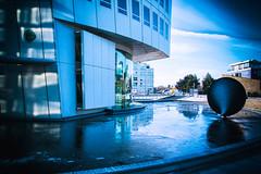 Turning Torso (Maria Eklind) Tags: winter weather water himmel building malmö sweden snow reflection spegling architecture outdoor sky turningtorso ankarparken ice skånelän sverige se