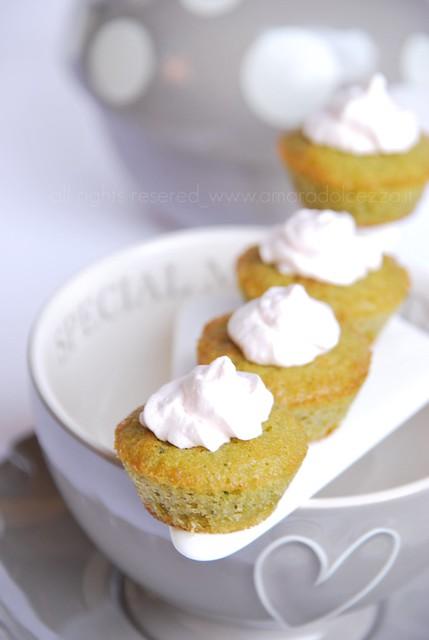 mini cupcakes al tè matcha