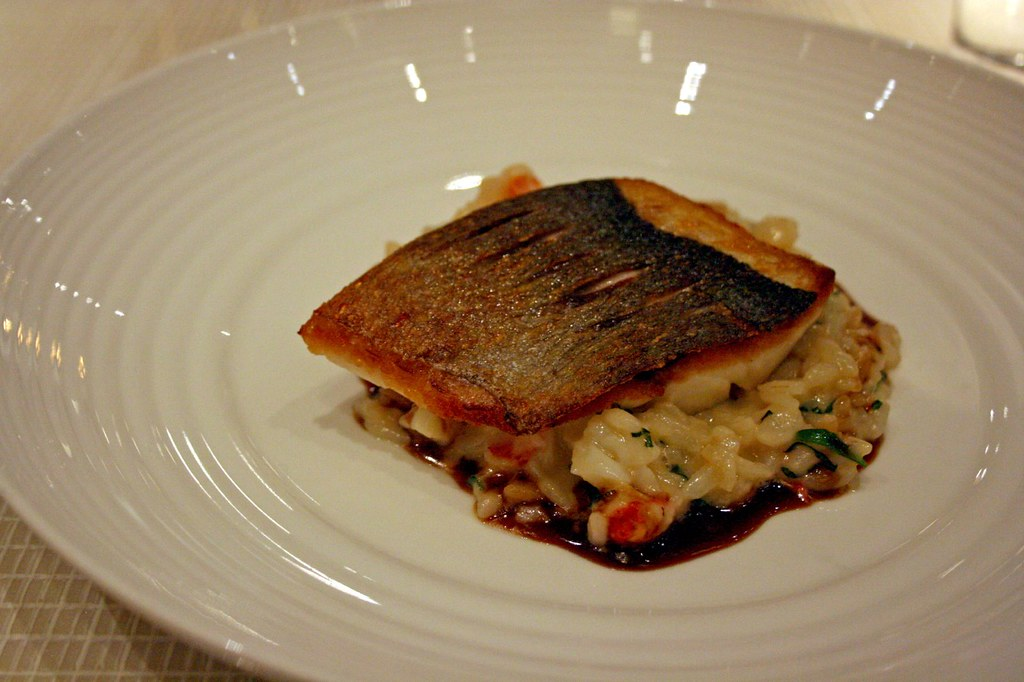 Gilthead bream with native lobster risotto