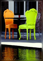 Talking Chairs (edwindejongh) Tags: reflection chairs explore colourful talking stoel hoofddorp kleurrijk stoelen zitje abigfave aplusphoto superbmasterpiece colourartaward edwindejongh talkingchairs stoelpoten edwindejonghfotografie fotografieedwindejongh lpchairs apartestoel