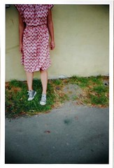 "my ""famous"" winning photo. (thebakingbird) Tags: magazine sneakers highschool converse photocontest stepmom yellowwall cosmogirl winningphoto patchygrass redvintagedress"