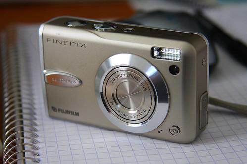 Fuji FinePix F30d