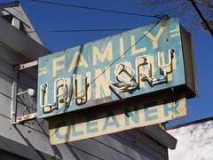 20071223 Family Laundry