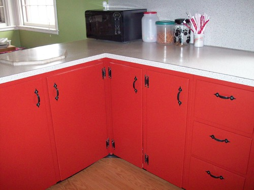 Ideas for Painting Kitchen Cabinets  Kitchen Paint Schemes  Zimbio