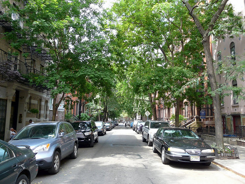 NYC's Greenwich Village (by: Benjamin Dumas, creative commons license)