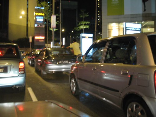 Idiots who cause jam at Jalan Bukit Bintang