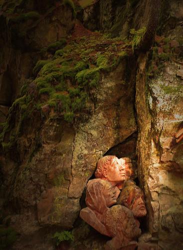 Sculture in legno presso le cascate Riva di Tures -Alto Adige -Italia
